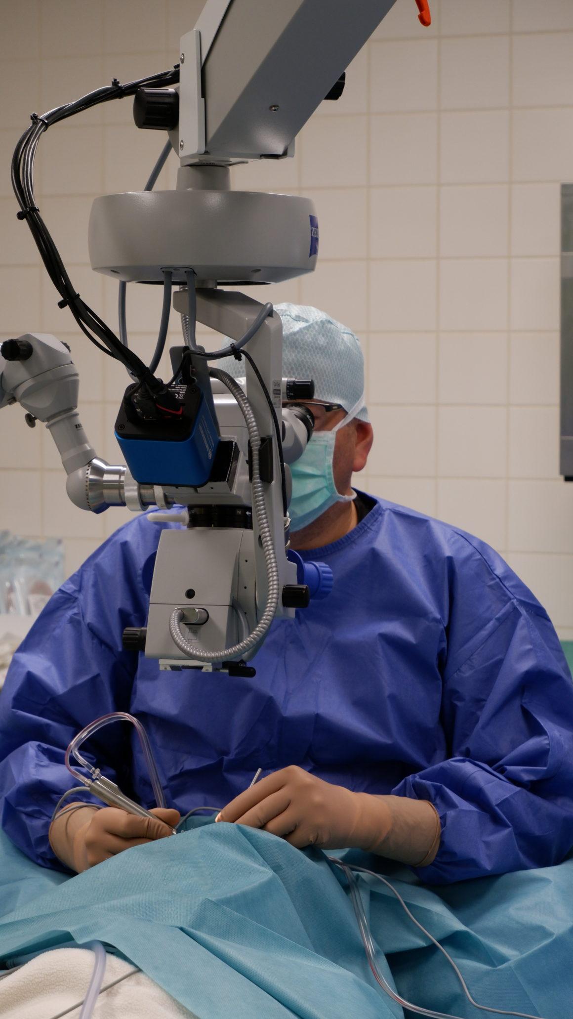 Augen OP im Operationssaal