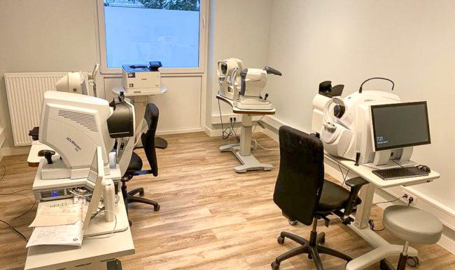 Untersuchungszimmer im Augenzentrum Göttingen der Augenklinik Dr. Hoffmann