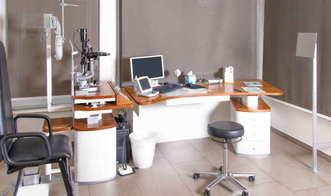 Untersuchungszimmer Augenzentrum Burgwedel